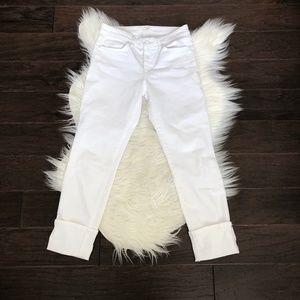 [Joe's Jeans] White Rolled Bottom Capri Jean